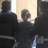 Imperia: accusata di aver provocato la morte del figlio. Elizabete Petersone resta in carcere in Italia